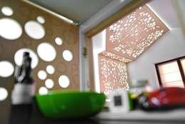 Particolare: Soggiorno in stile in stile Moderno di atelier qbe3