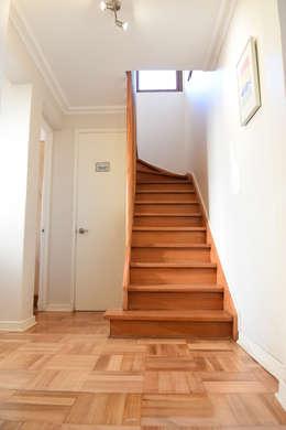 Remodelación Casa Matta: Pasillos y hall de entrada de estilo  por ARCOP Arquitectura & Construcción