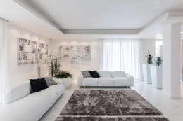 Projekty,  Salon zaprojektowane przez Morelli & Ruggeri Architetti