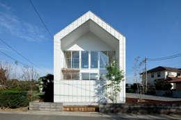 Maisons de style de style Moderne par arc-d
