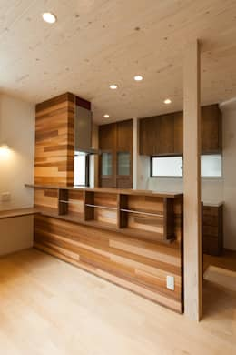 キッチン: 株式会社かんくう建築デザインが手掛けたキッチンです。