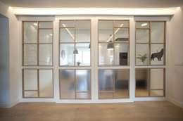 Puertas de estilo  por Sube Susaeta Interiorismo - Sube Contract Bilbao