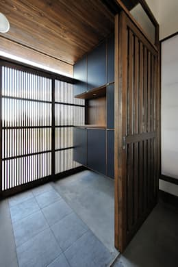 Koridor dan lorong by デザイン・ラボ 一級建築士事務所