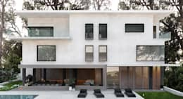 منازل تنفيذ DZINE & CO, Arquitectura e Design de Interiores