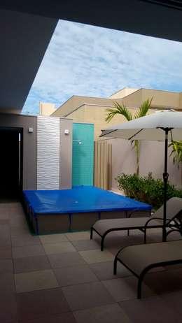 Piletas de jardín de estilo  por zammarian arquitetura e interiores
