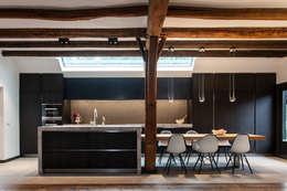 Cuisine de style de style Moderne par Bob Romijnders Architectuur & Interieur