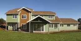 Casa TP 2, Puerto Varas: Casas unifamiliares de estilo  por 10A Arquitectura