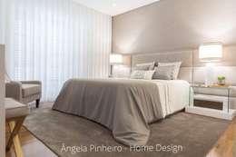 Quarto Elegante : Quartos ecléticos por Ângela Pinheiro Home Design