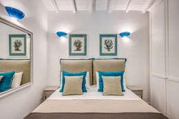 Dormitorios de estilo clásico de Studio Guerra Sas