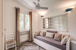 classic Bedroom by Studio Guerra Sas