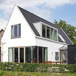 modern Houses by Archstudio Architecten | Villa's en interieur