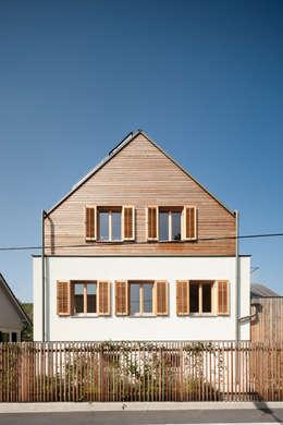 Straßenansicht: moderne Häuser von illichmann-architecture