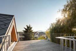 Dachterrasse:  Terrasse von illichmann-architecture