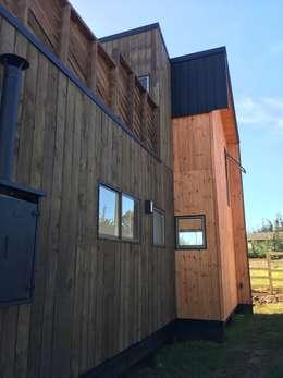 Projekty, nowoczesne Domy zaprojektowane przez EstradaMassera Arquitectura