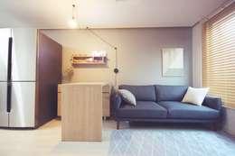 modern Living room by homelatte