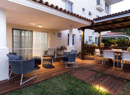 Varanda | Varanda gourmet: Terraços  por branco arquitetura