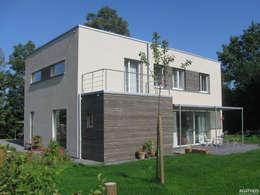 Nhà by Architekturbüro Sutmann