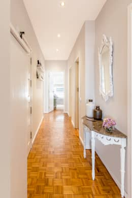 Apartamento T2+1 | Alojamento Local: Corredores e halls de entrada  por João Boullosa