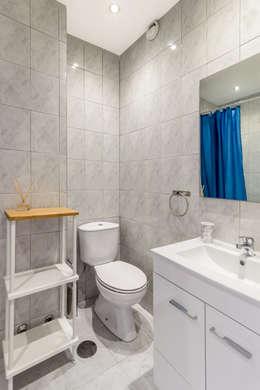 Apartamento T2+1 | Alojamento Local: Casas de banho modernas por João Boullosa