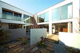 Jardins modernos por TERAJIMA ARCHITECTS