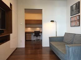 Home | Hall quartos com escritório: Salas multimídia modernas por branco arquitetura
