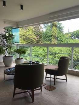 Lounge terraço: Terraços  por branco arquitetura
