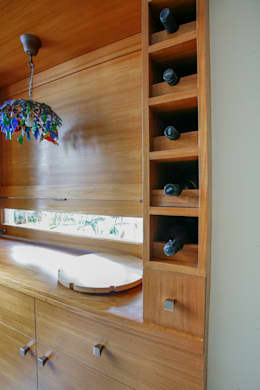 Wine Cellar: modern Wine cellar by The Workroom