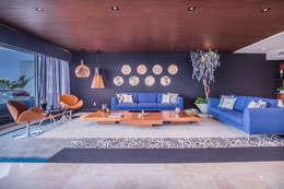 SESIÓN FOTOGRÁFICA Y RECORRIDO VIRTUAL - CENTRAL PARK -: Salas de estilo moderno por ECKEN virtual spaces