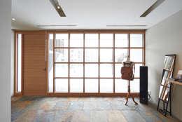 アトリエモノゴト 一級建築士事務所의  창문