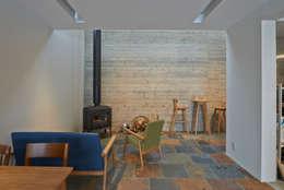 アトリエモノゴト 一級建築士事務所의  거실
