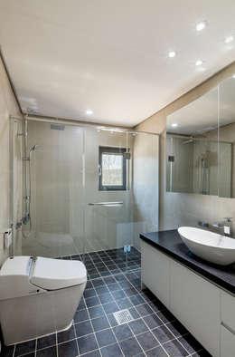 Phòng tắm by 투엠투건축사사무소