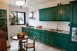 Cocinas de estilo ecléctico por Tejero & Ángel Diseño de Interiores