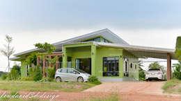 งานออกแบบบ้านพักอาศัยชั้นเดียว คุณนิรามัยฯ อ.แปลงยาว จ.ฉะเชิงเทรา:   by fewdavid3d-design