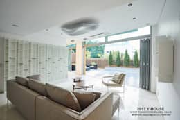 modern Living room by 건축일상
