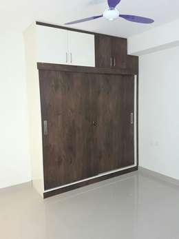 Cupboard Online Shopping: modern Bedroom by Scale Inch Pvt. Ltd.