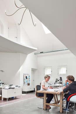 moderne Arbeitszimmer von MINT Architecten