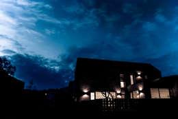 김포시 단독주택: 휴먼스케일의  주택