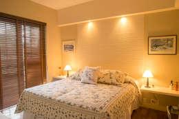 غرفة نوم تنفيذ Giselle Wanderley arquitetura