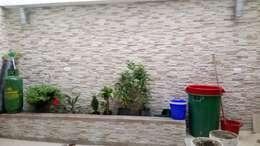 CASAS MODELIA.: Jardines de estilo rústico por CELIS & CELIS INGENIEROS CONSTRUCTORES S.A.S