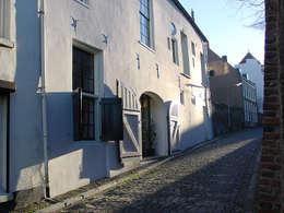 Buitengevel (oudste pand van Nijmegen):  Kantoorgebouwen door Jan Detz Interieurarchitect
