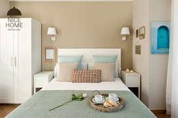 Camera da letto in stile in stile Mediterraneo di Nice home barcelona