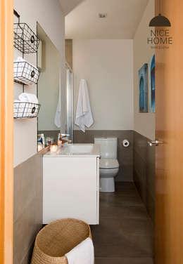 Bagno in stile in stile Mediterraneo di Nice home barcelona