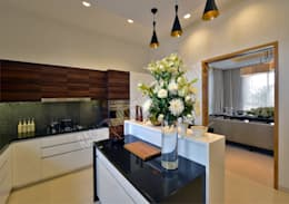 Residence at Pune: modern Kitchen by Racheta Interiors Pvt Limited