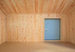 수원 단독주택: Architecture group [tam]의  실내 정원