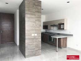 Cocinas de estilo moderno por disain arquitectos