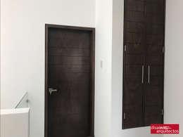 Casa Nõbu: Puertas de estilo  por disain arquitectos