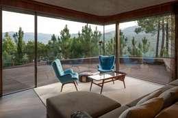 Salon de style de style Moderne par MJARC - Arquitectos Associados, lda