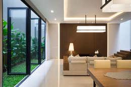 客廳 by Simple Projects Architecture