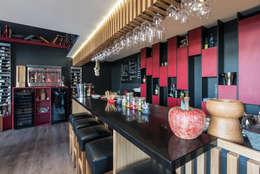 Bares y clubs de estilo  por SAS Alexandre TRIPIER