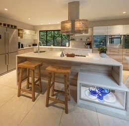 : modern Kitchen by Spegash Interiors